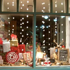 Dedham Square Holiday Storefront Contest